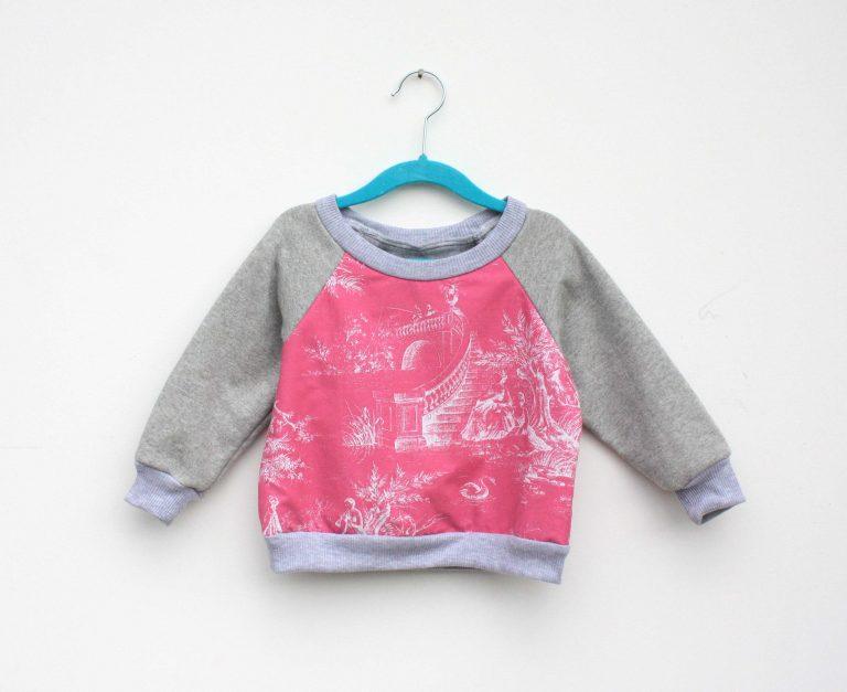 pink scene jumper